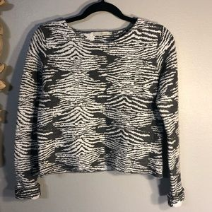 Townsen Gray and White Long Sleeve Sweater.